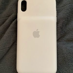 Accessories - IPhone XS MAX charging iphone case